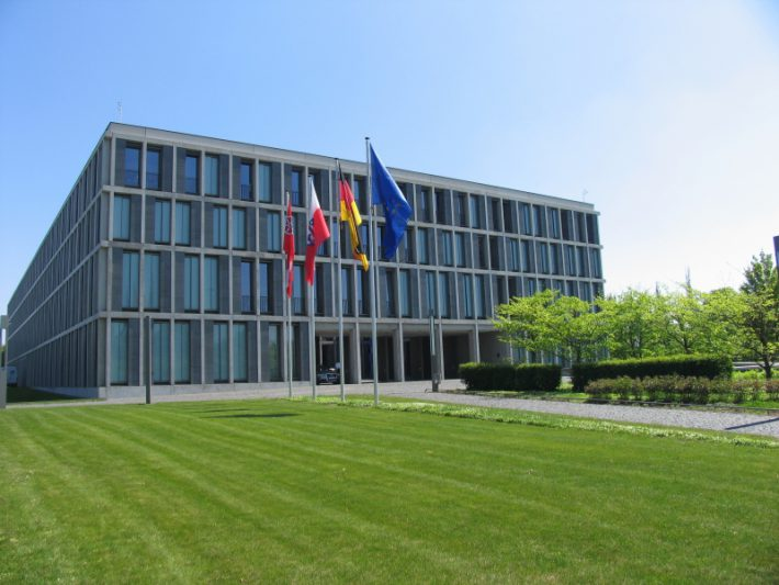 BAG kippt die 40 €-Verzugspauschale im Arbeitsrecht
